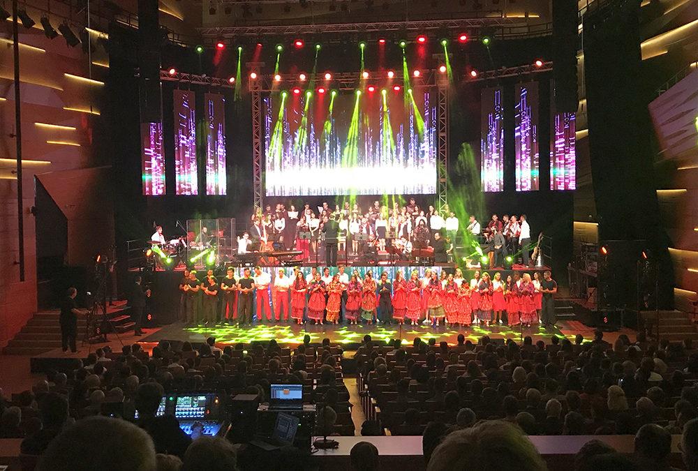 Dalok a cigány/roma kultúrából – sikert aratott a Hangok koncert Pécsett